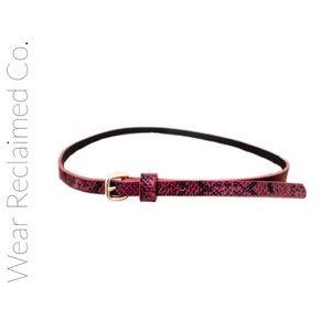 🛍 3/$30 Skinny Belt in animal print. Like New